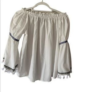 NWOT Off the shoulder white peasant blouse